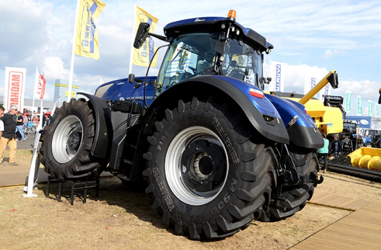 New Holland z modelem T7 na AGRO SHOW 2016